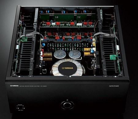 Yamaha MX-A5200 titanový RCA připojení